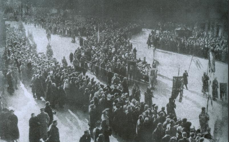 Похороны студентов, погибших под Крутами. Киев, 1918 г.