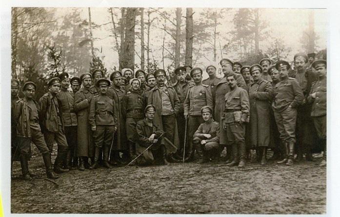 Старшини 1-го Украинсокго козацкого полу им. Богдана Хмельницкого. Сентябырь 1917 года