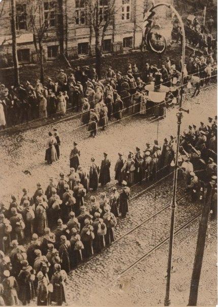 Украиснкие войска в Киеве. Февраль 1918 год