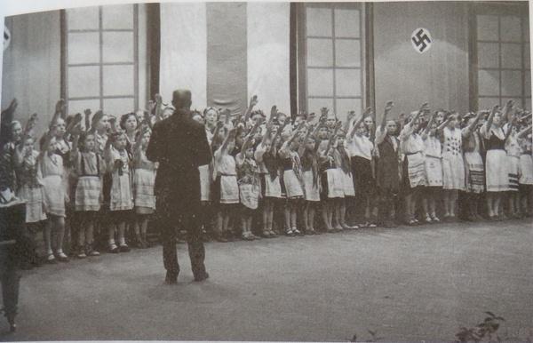 белорусы-детская-школа